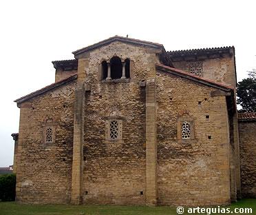 Cabecera de la iglesia de San Julián de los Prados