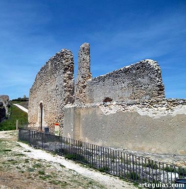 Muros de la iglesia de San Martín de Fuentidueña