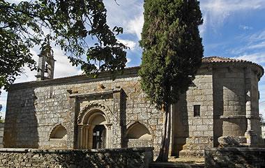Románico en la Comarca de Terra de Melide: iglesia de Santa María de Melide