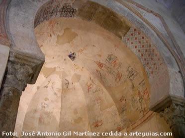 Arco triunfal de la iglesia. Peñalba de Santiago