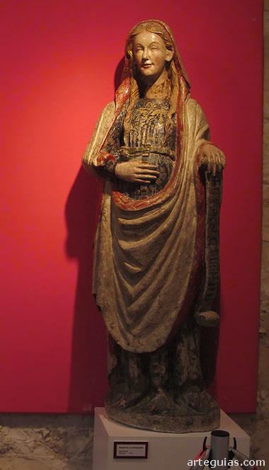 Estatua de María. La otra parte de la misma Anunciación