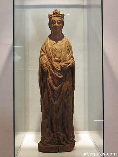 Estatua de madera de Santa Catalina