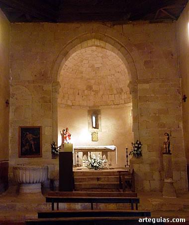 Interior de la cabecera de la iglesia