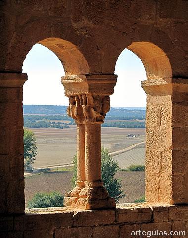 Uno de los alicientes de la iglesia de Aguilera son las vistas que se contemplan desde ella