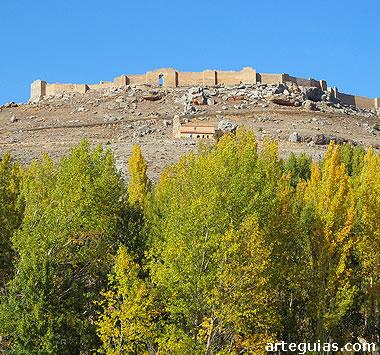 Impresionante fortaleza califal de Gormaz