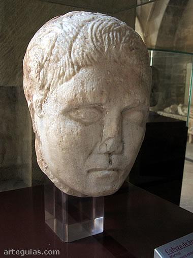 Cabeza de un busto romano
