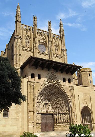 Fachada de la catedral de Huesca