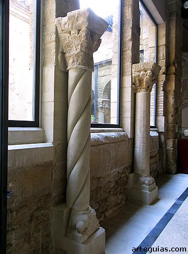 Columnas exentas