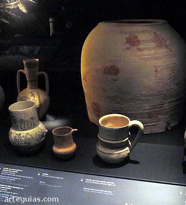 Cerámica andalusí de los siglos X al XIII