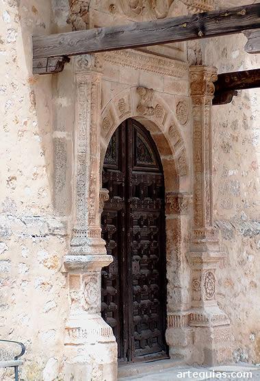 Puerta plateresca