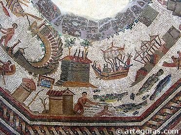 Fragmento de uno de los mosaicos con escenas marítimas