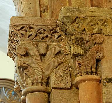Capiteles de Santiago de Arlós
