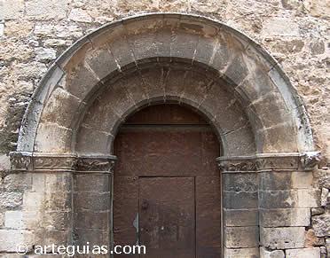 Portada norte de la iglesia de Catí, Castellón