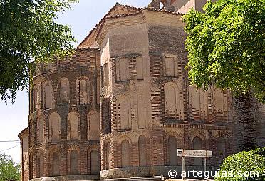 Cabecera de Santa María del Castillo, en Madrigal