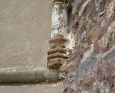 Restos románicos en la iglesia