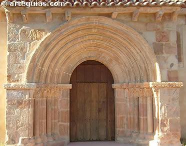 Puerta de la iglesia de Gama