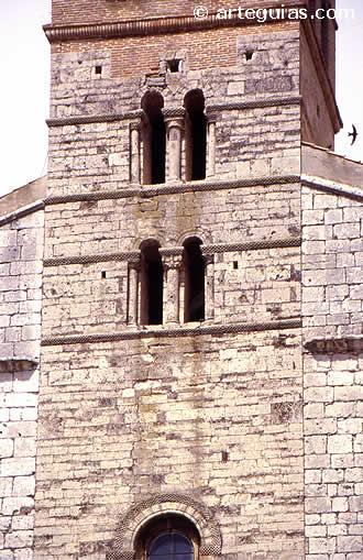 Torre románica. Iglesia de El Salvador de Simancas. Valladolid